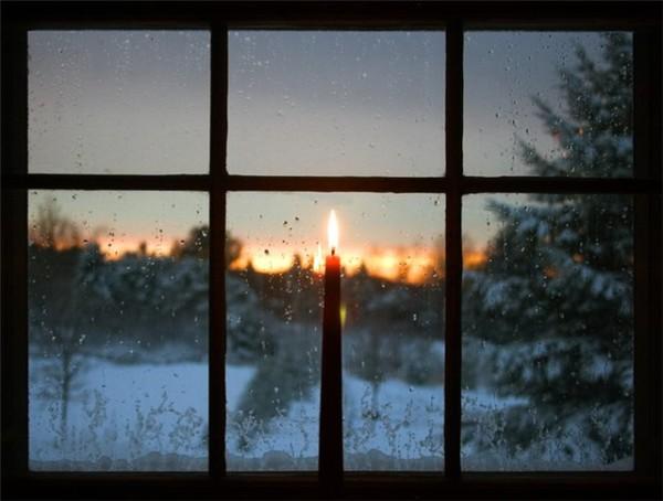 Ровное пламя свечи – гарантия тепла в доме