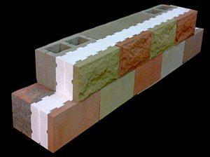 Стеновые блоки могут быть различных цветов и фактур.