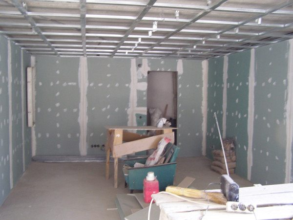 Стены зашиты