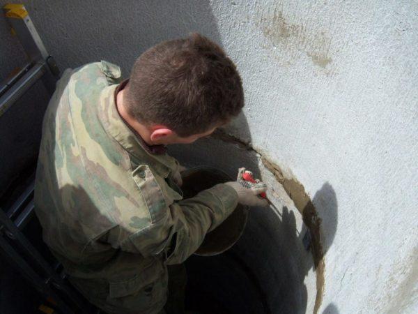 Стыки бетонных колей приходится чаще ремонтировать