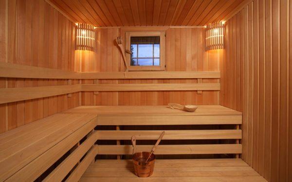 Так выглядит утепленная и отделанная баня