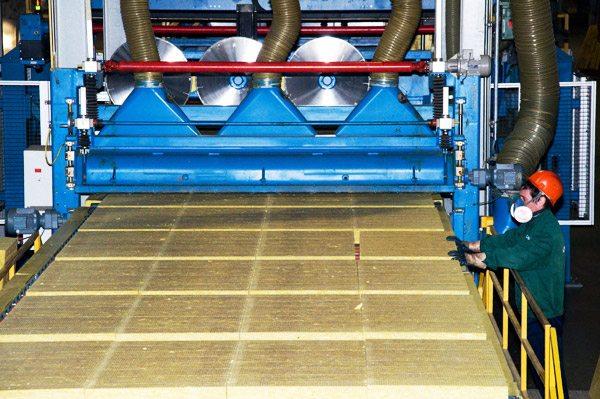 Технология производства базальтового утеплителя в действии