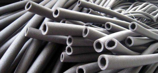 Трубки можно просто надевать на трубы во время сборки системы.