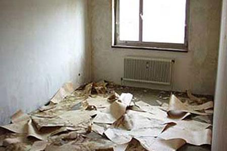 Удаление старой отделки стен