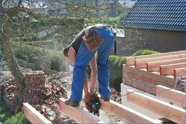 Укладка балок для плоской крыши