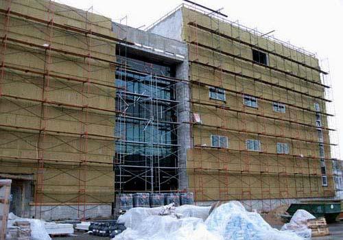 Утепление зданий является необходимой процедурой современного строительства.