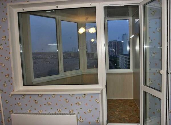Утепленная и отделанная лоджия в доме серии П44Т