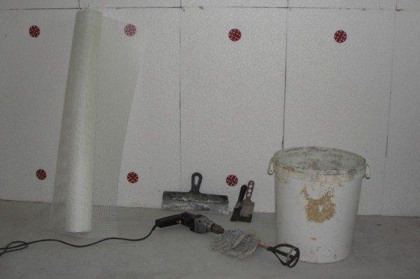 Утепляем стены пенопластом