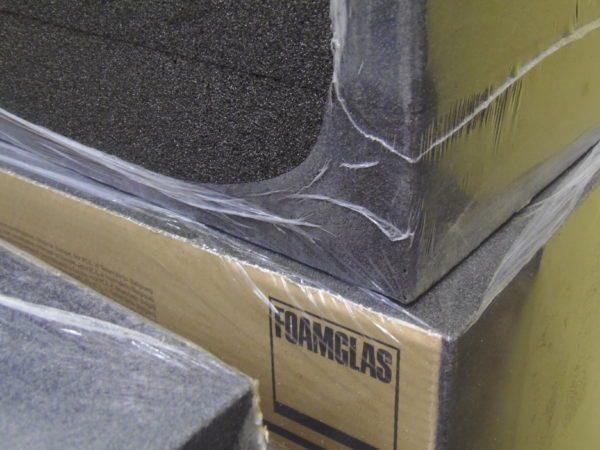 Во избежание сколов блоки транспортируют в упаковке