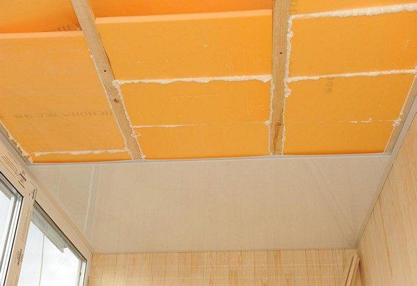 Зашить потолок после утепления не составит труда